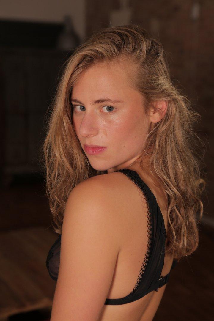 Ersties.com - Lindsey: Sexual Fantasy
